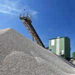 Abbau von Kies im Tagebau, Förderanlage (Foto: industrieblick)
